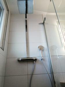 Minkau Bäder 2020, Dusche auf kleinstem Raum